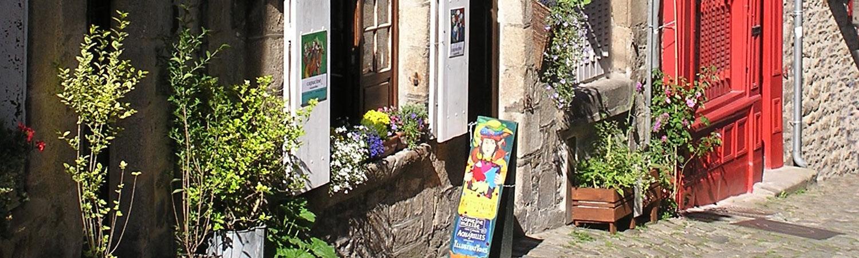 Capucine Mazille illustration livres Ville médiévale Dinan Côtes d'Armor Bretagne tourisme