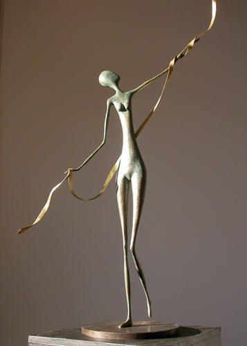 femme qui danse sculpture contemporaine