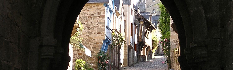 Ville médiévale de Dinan dans les Côtes d'Armor en Bretagne