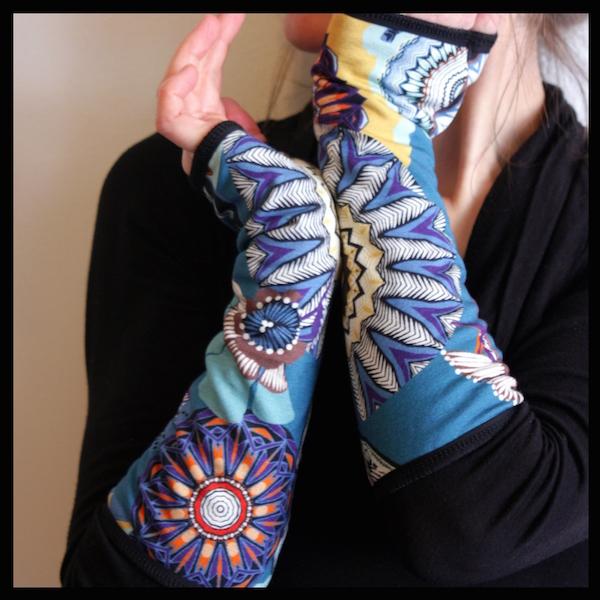 mitaines colorées tartine de laine artiste artisan d'art créateur ville Dinan côtes-d'armor tourisme bretagne